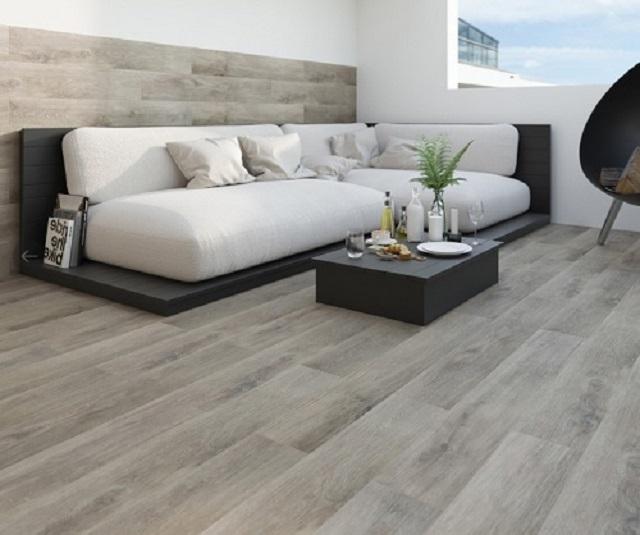 Ảnh 14: Gạch vân gỗ xám trắng mang đến nét đẹp thanh lịch, nhẹ nhàng