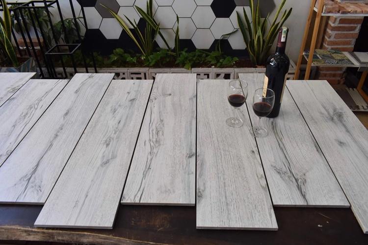 gạch vân gỗ 15x60